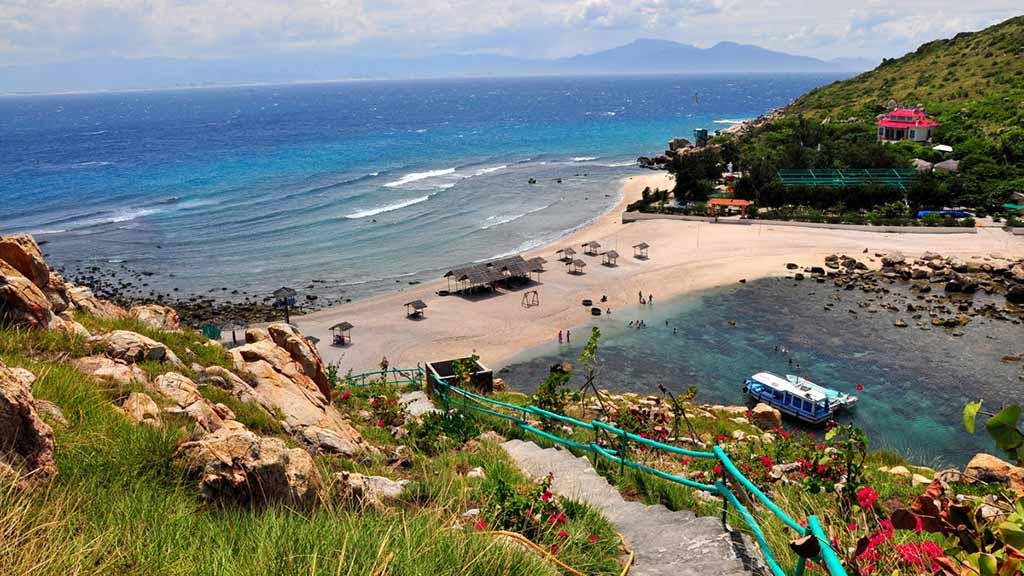 đảo yến hòn nội Nha Trang