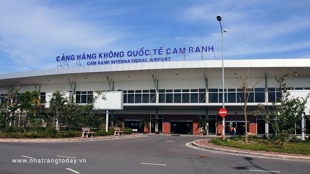 Dịch vụ xe đưa đón sân bay Cam Ranh - Nha Trang