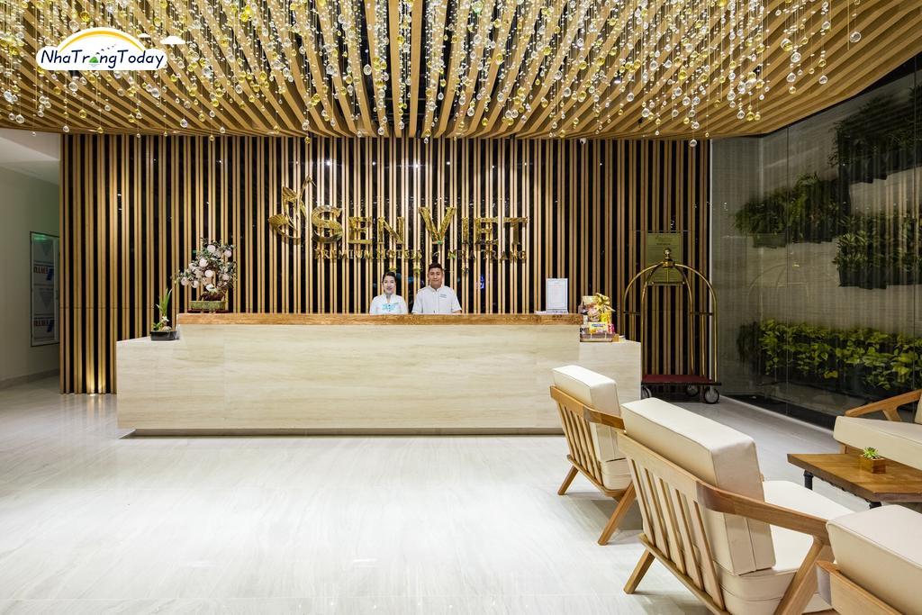 Khách sạn Sen Viet Premium