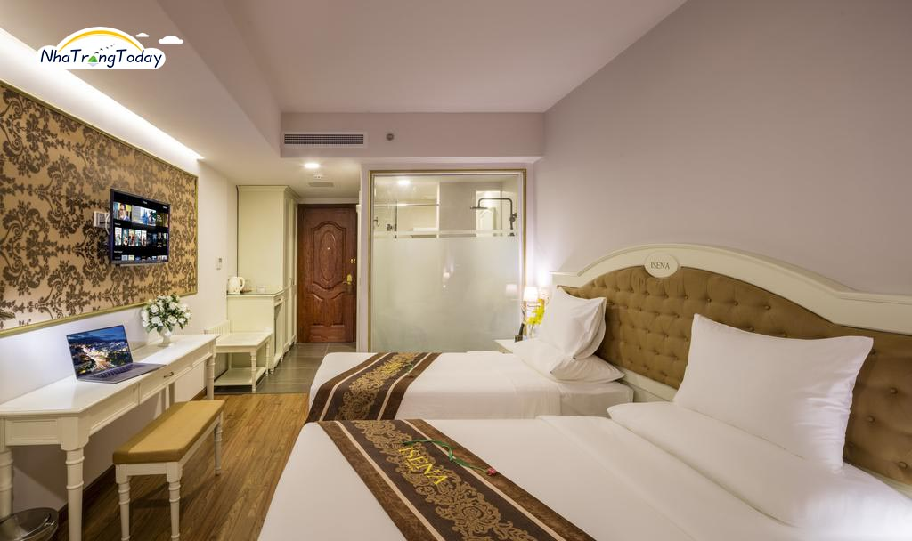 Khách sạn Isena Nha Trang
