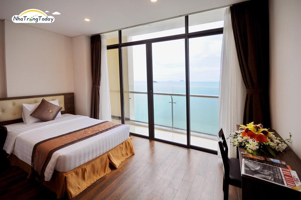 Khách sạn Lenid Nha Trang