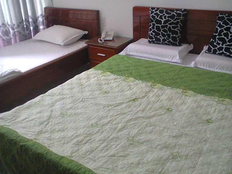Khách Sạn Lucky Thanh Minh