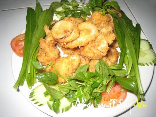 Nhà hàng Làng Việt