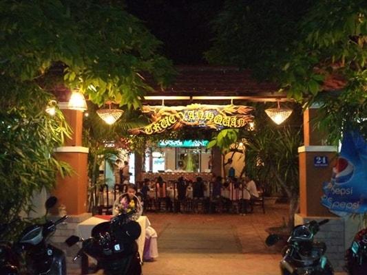 Nhà hàng Trúc Xanh
