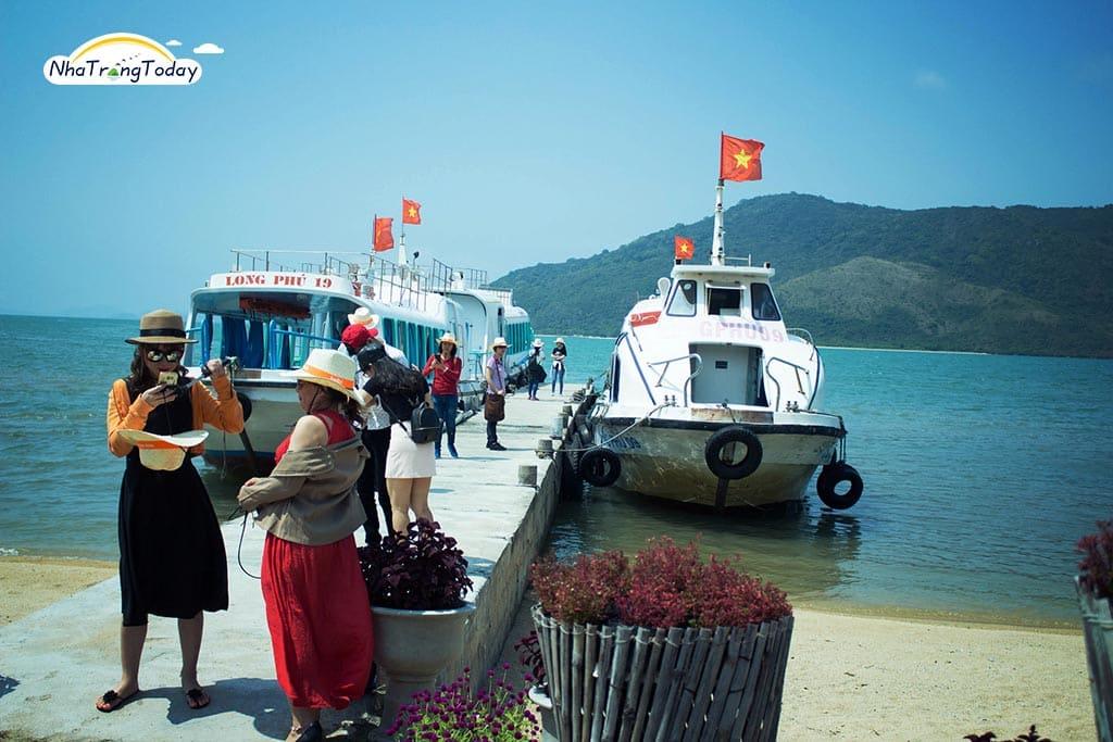 Suối Hoa Lan - Hòn Hèo