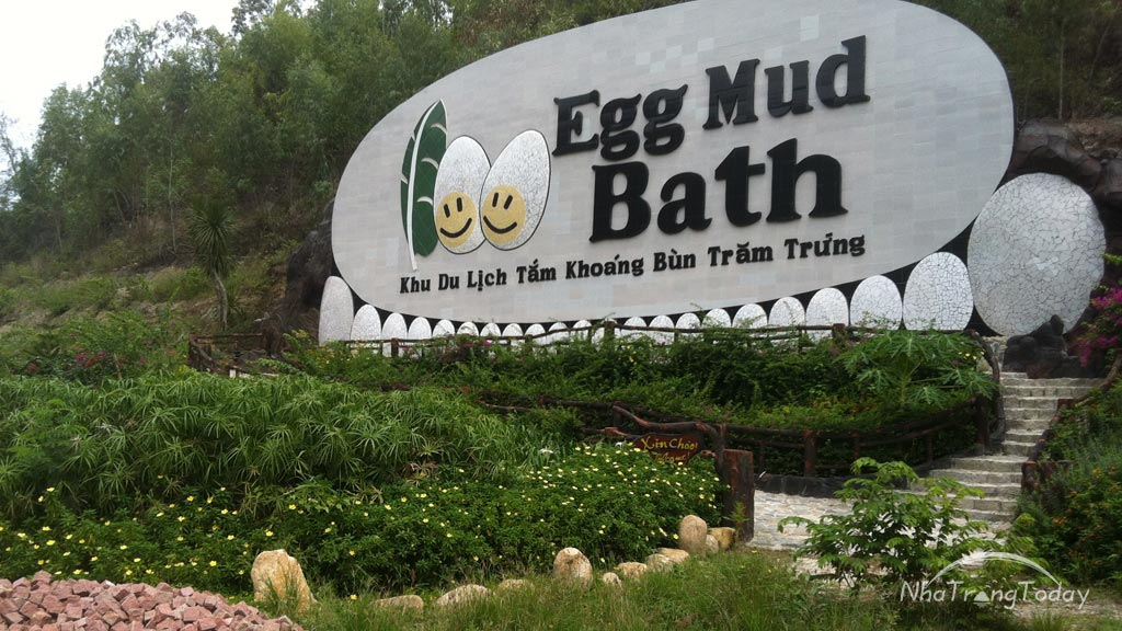 Tắm Bùn Khoáng Trăm Trứng Egg Mud Bath Nha Trang